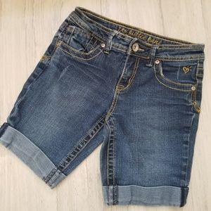Justice 10R mid-thigh cuffed jean shorts